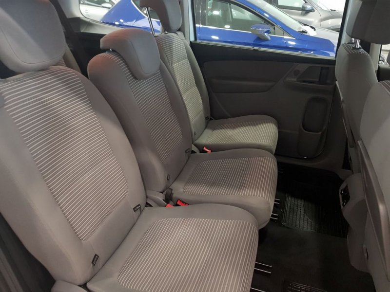 Seat Alhambra TDI 140 cv Style Autom. Solo 2 uds disponibles 6