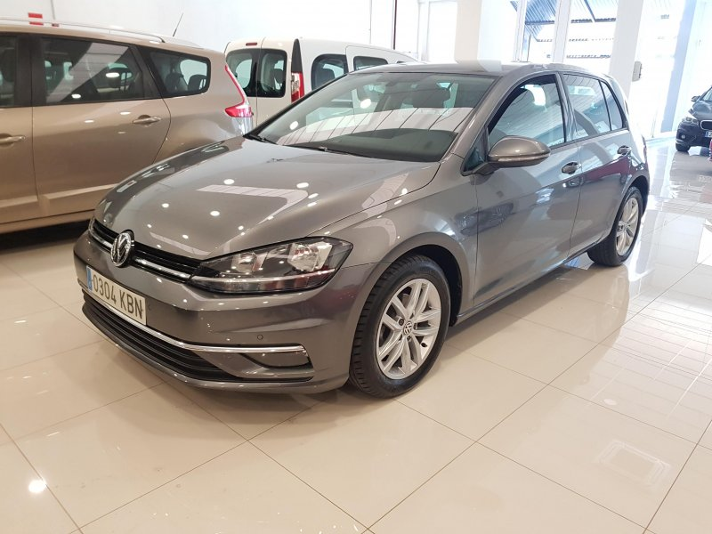 Volkswagen Golf ADVANCE DSG TSI 110  3