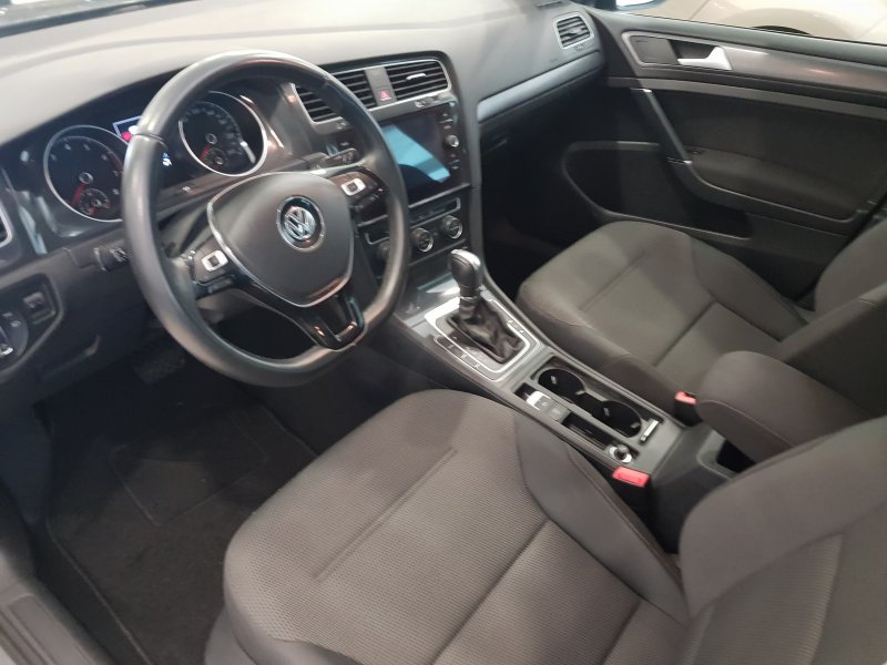 Volkswagen Golf ADVANCE DSG TSI 110  8