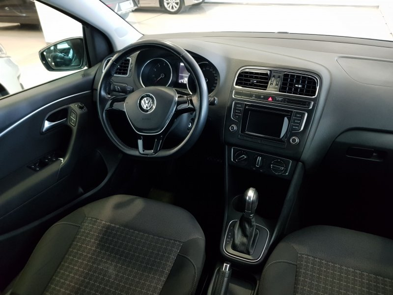Volkswagen Polo Advance TSI autom 6