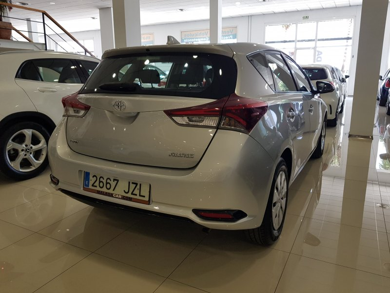 Toyota Auris 90D Business. Solo 10 UNIDADES DISPONIBLES!!! LIQUIDACION!!! 4