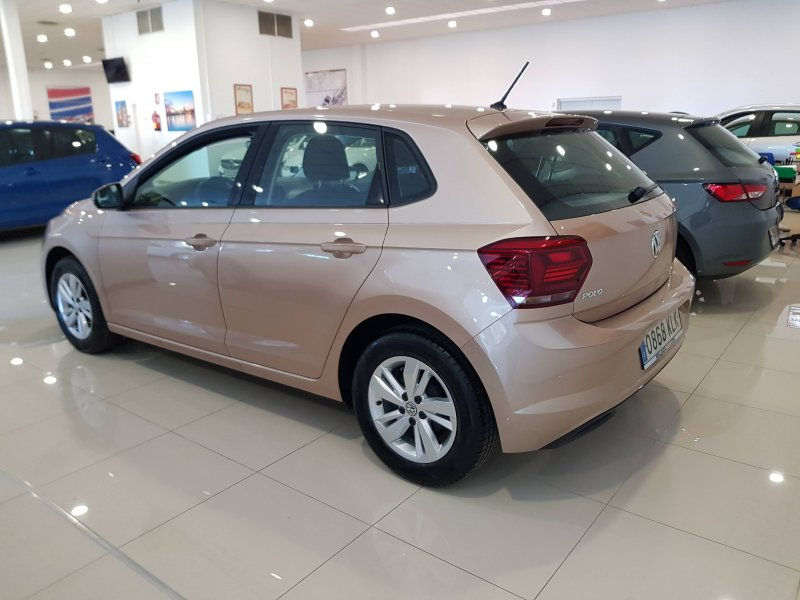 Volkswagen Polo ADVANCE 95 CV 3