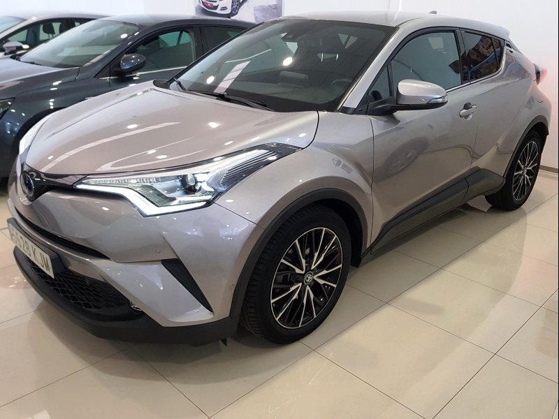 Toyota C-HR 125H ADVANCE PLUS 1