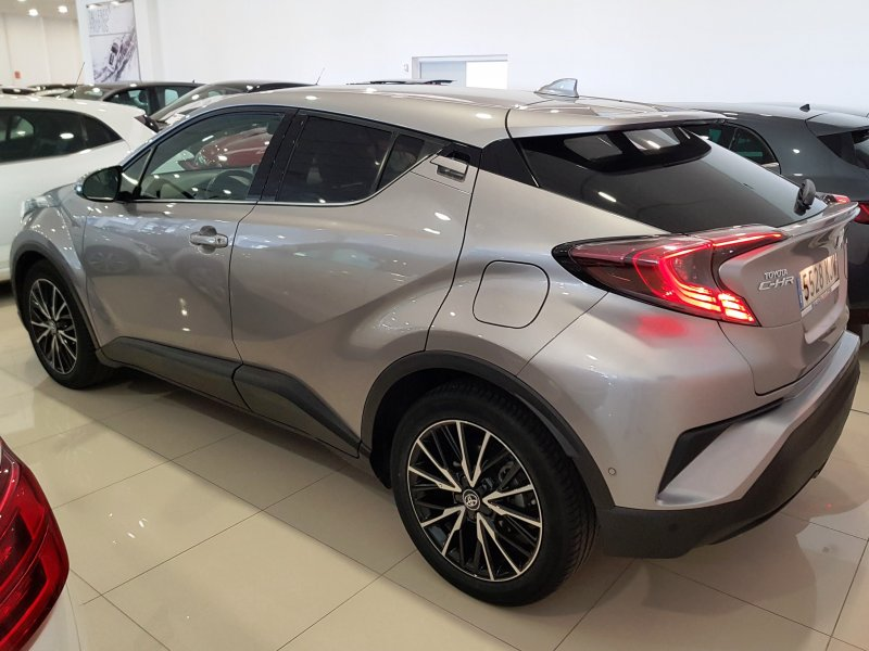 Toyota C-HR 125H ADVANCE PLUS 3