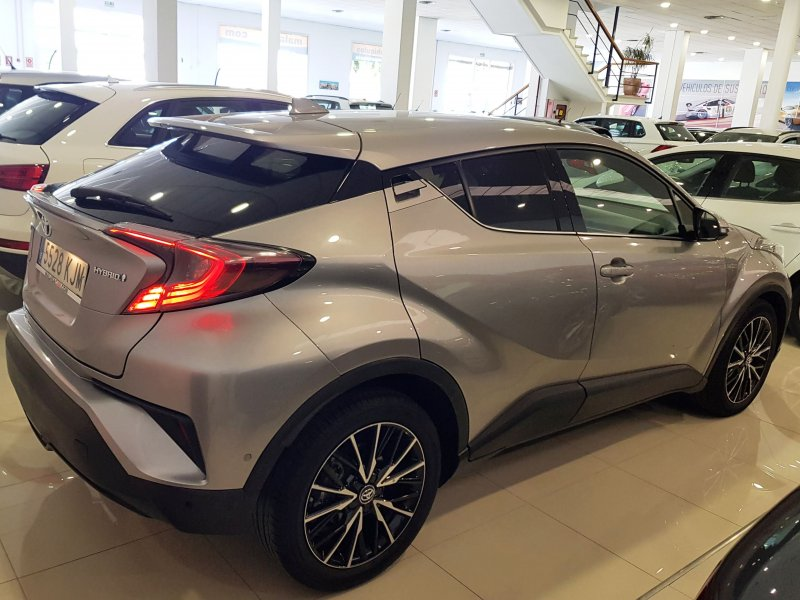 Toyota C-HR 125H ADVANCE PLUS 4