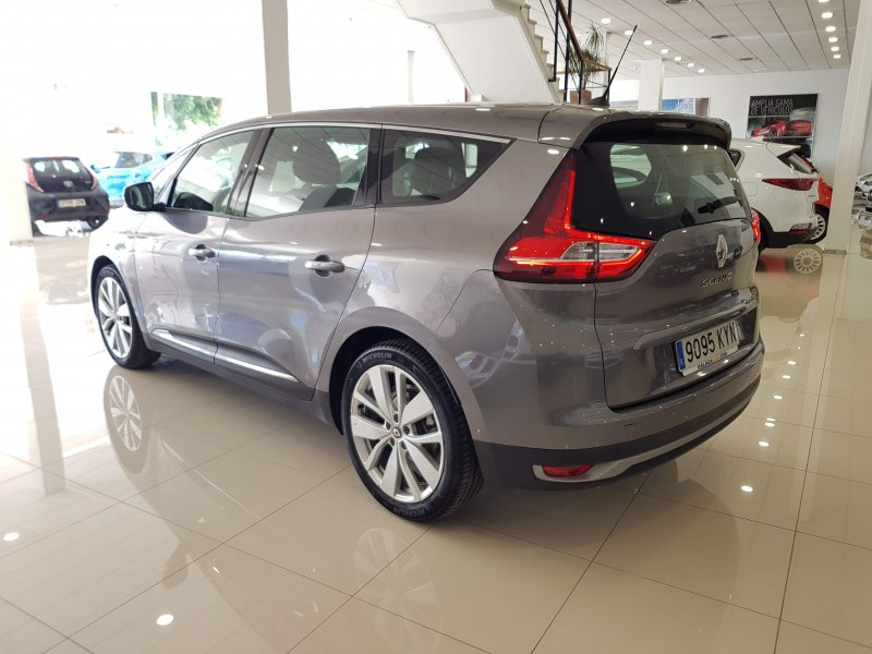 Renault Grand Scenic Limited TCE EDC 140 cv 3