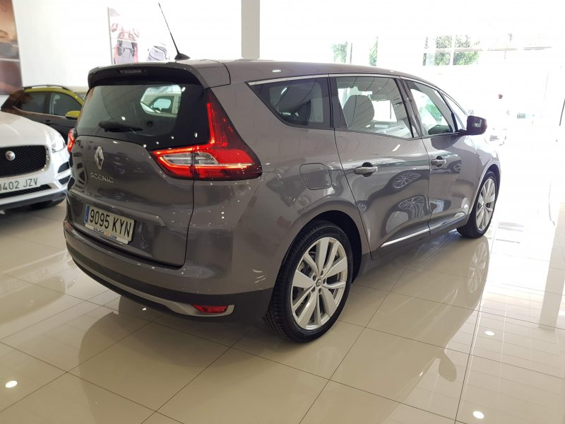 Renault Grand Scenic Limited TCE EDC 140 cv 4