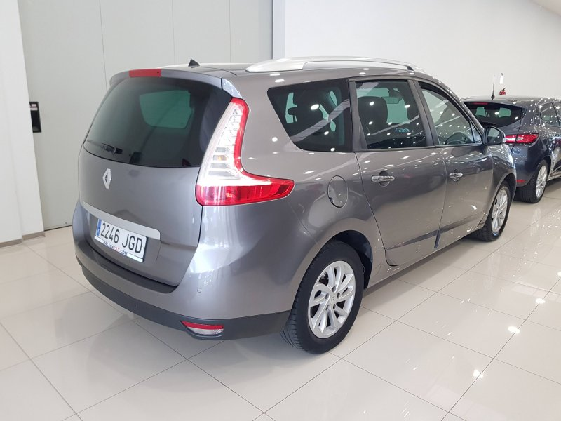 Renault Grand Scenic Limited dCi 110 EDC.  4