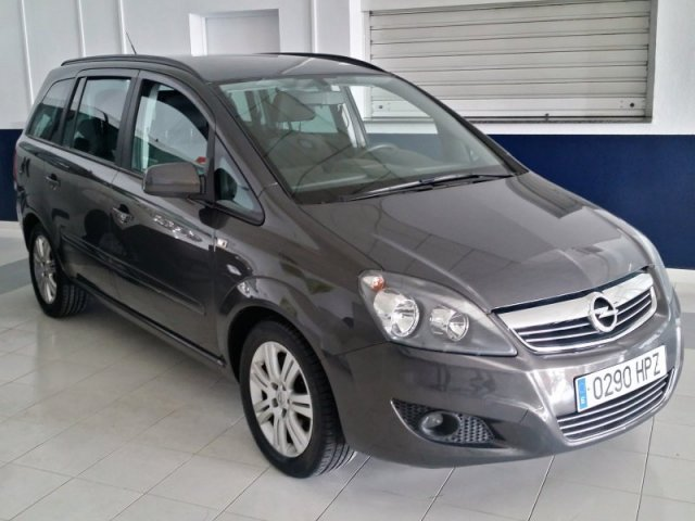 opel zafira 1 7 cdti 125 cv family 7 plazas manual 56359 km for sale in malaga from 12800. Black Bedroom Furniture Sets. Home Design Ideas