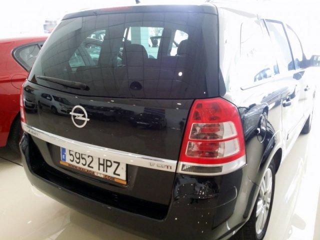 Opel Zafira photo 4