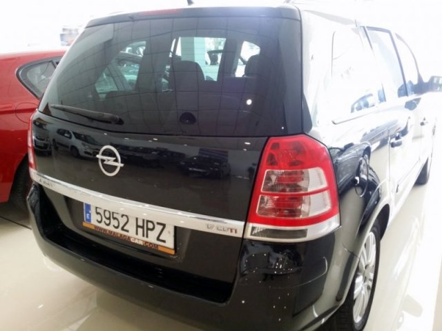 Opel Zafira foto 4