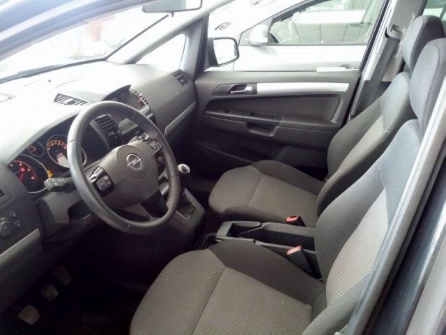 Opel Zafira foto 6