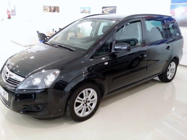 Opel Zafira photo 9