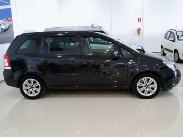 Opel Zafira photo 11