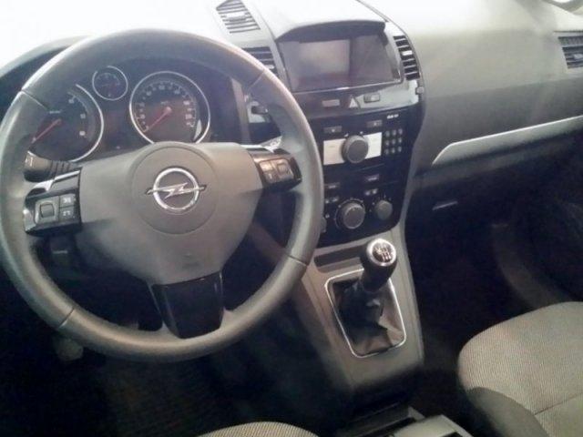 Opel Zafira photo 13