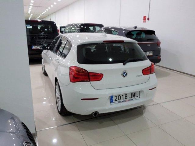 BMW Serie 1 photo 4