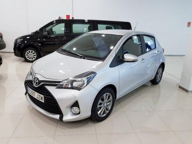 Toyota Yaris photo 1