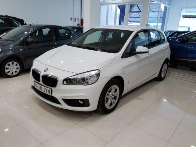BMW Serie 2 photo 2