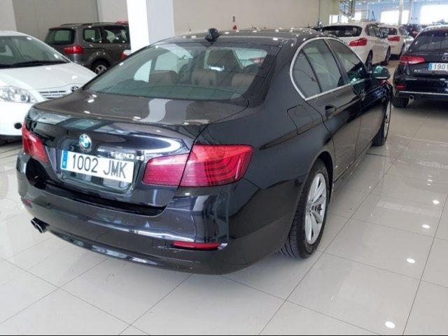BMW Serie 5 photo 3