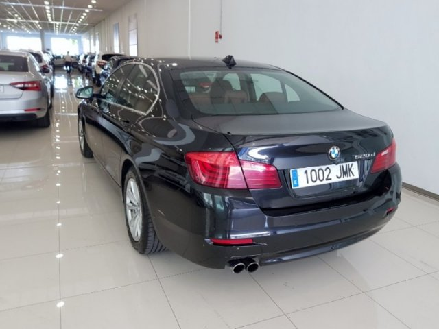 BMW Serie 5 foto 4