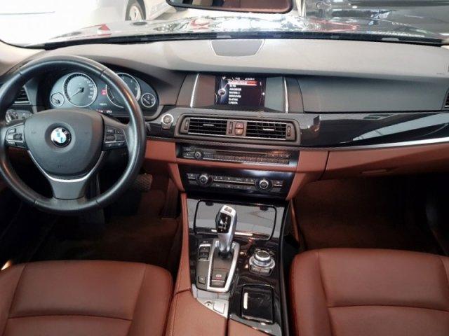 BMW Serie 5 photo 6