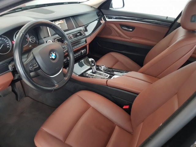 BMW Serie 5 foto 8