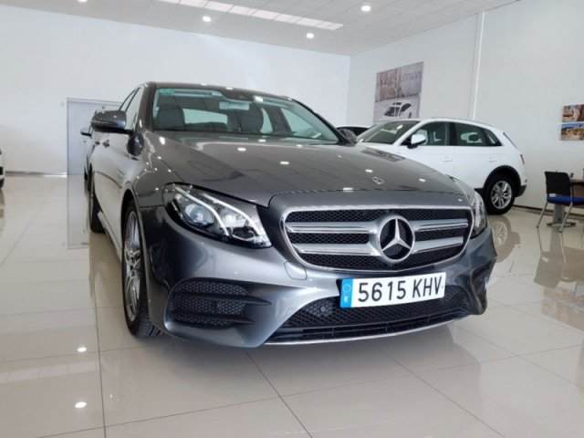 Mercedes E foto 3