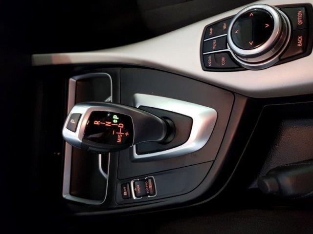 BMW Serie 1 foto 11