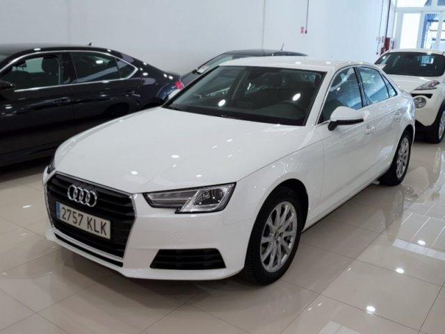 Audi A4 photo 2