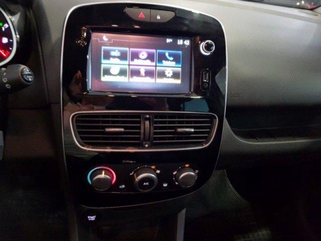 Renault Clio foto 9