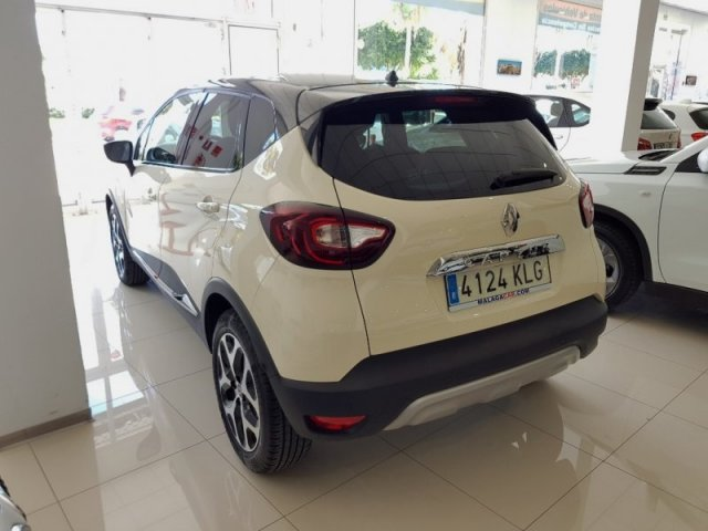 Renault CAPTUR photo 3