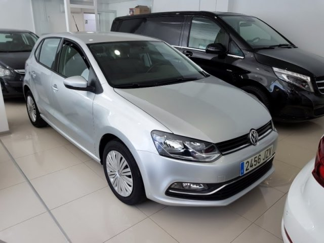 Volkswagen POLO foto 2