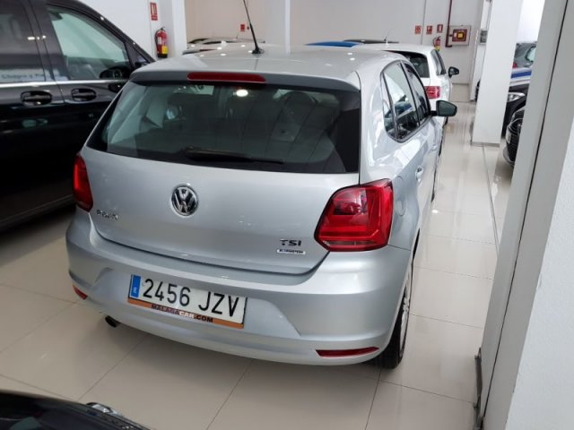 Volkswagen POLO photo 4