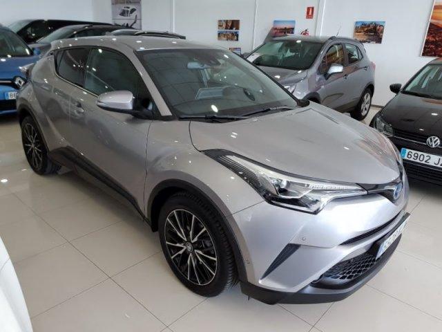 Toyota C-HR foto 1