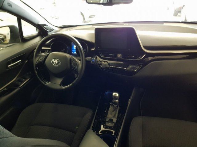 Toyota C-HR foto 6