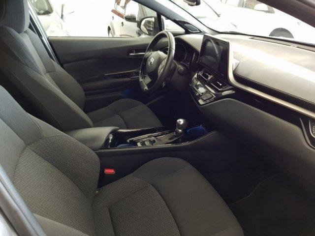 Toyota C-HR foto 7