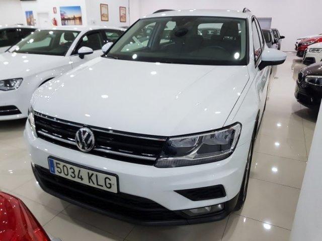 Volkswagen Tiguan photo 2