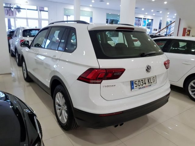 Volkswagen Tiguan photo 3