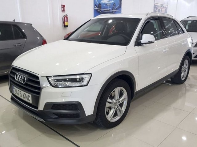 Audi Q3 Design ed 2.0 TDI 150CV S tronic foto 2