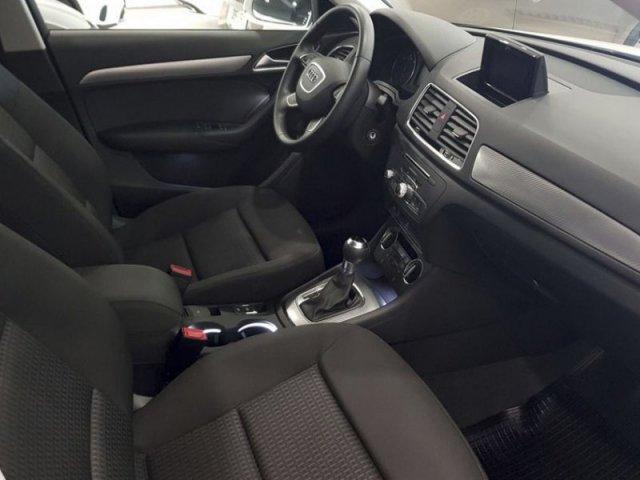 Audi Q3 Design ed 2.0 TDI 150CV S tronic foto 7