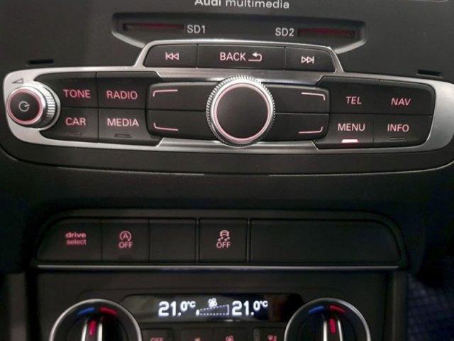 Audi Q3 Design ed 2.0 TDI 150CV S tronic foto 10