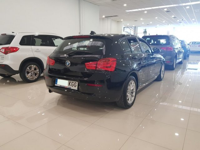 BMW Serie 1 foto 4