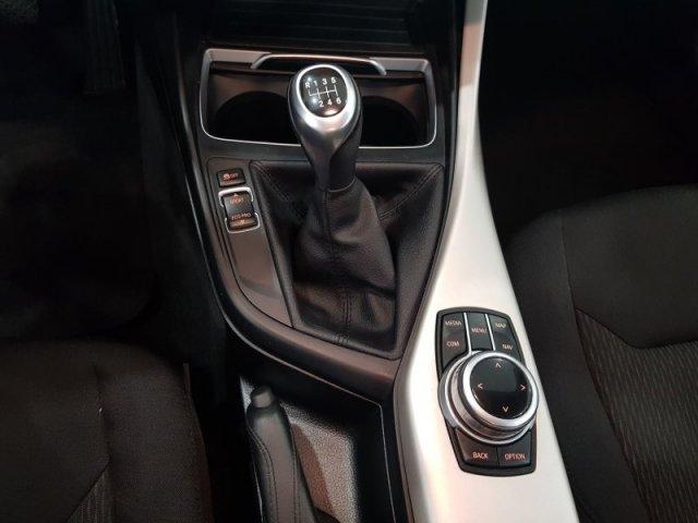 BMW Serie 1 foto 9