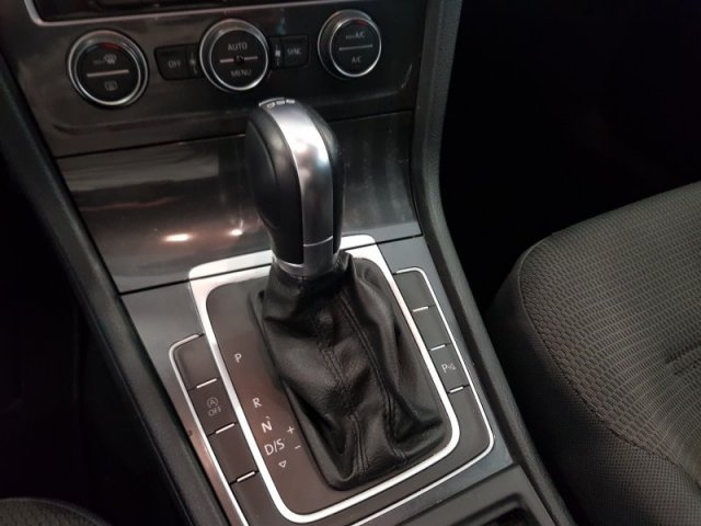 Volkswagen Golf foto 9