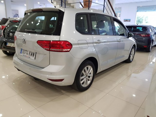 Volkswagen Touran photo 4