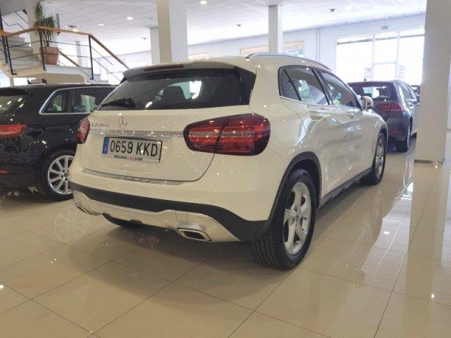 Mercedes GLA foto 4