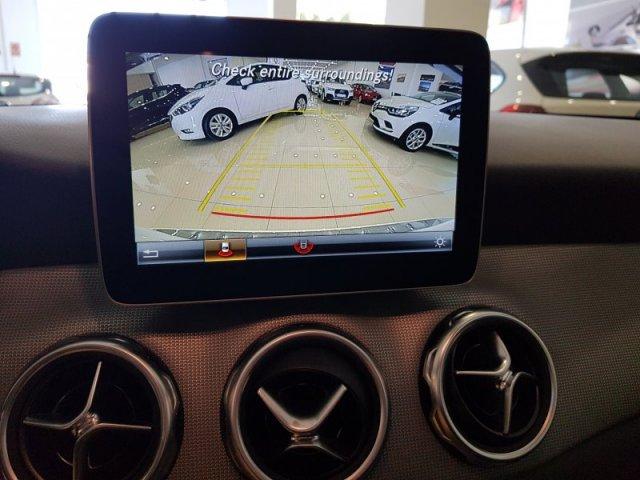 Mercedes GLA foto 8