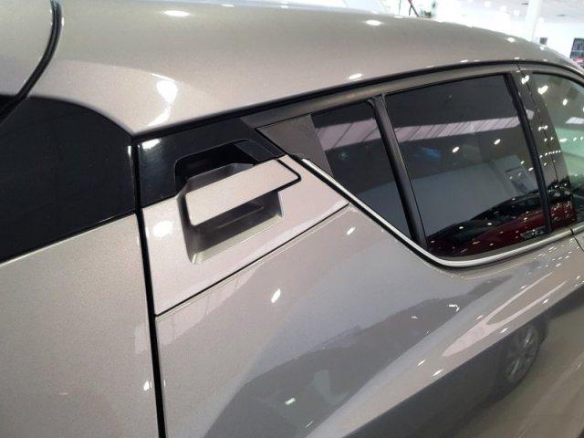 Toyota C-HR photo 5