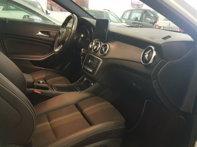 Mercedes GLA photo 6