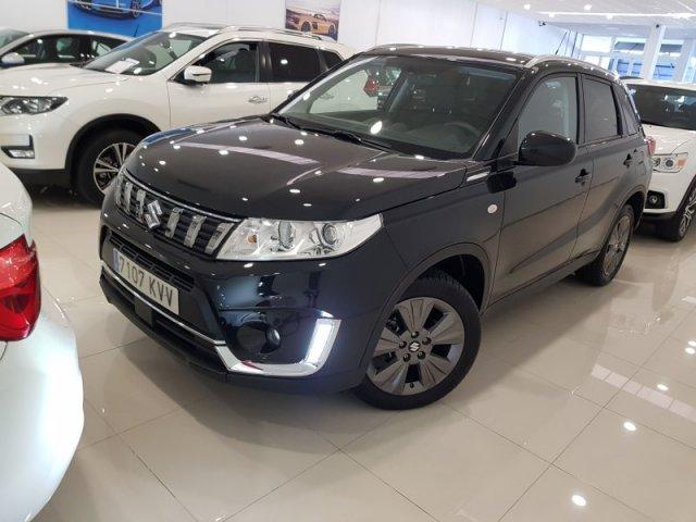 Suzuki Vitara photo 2